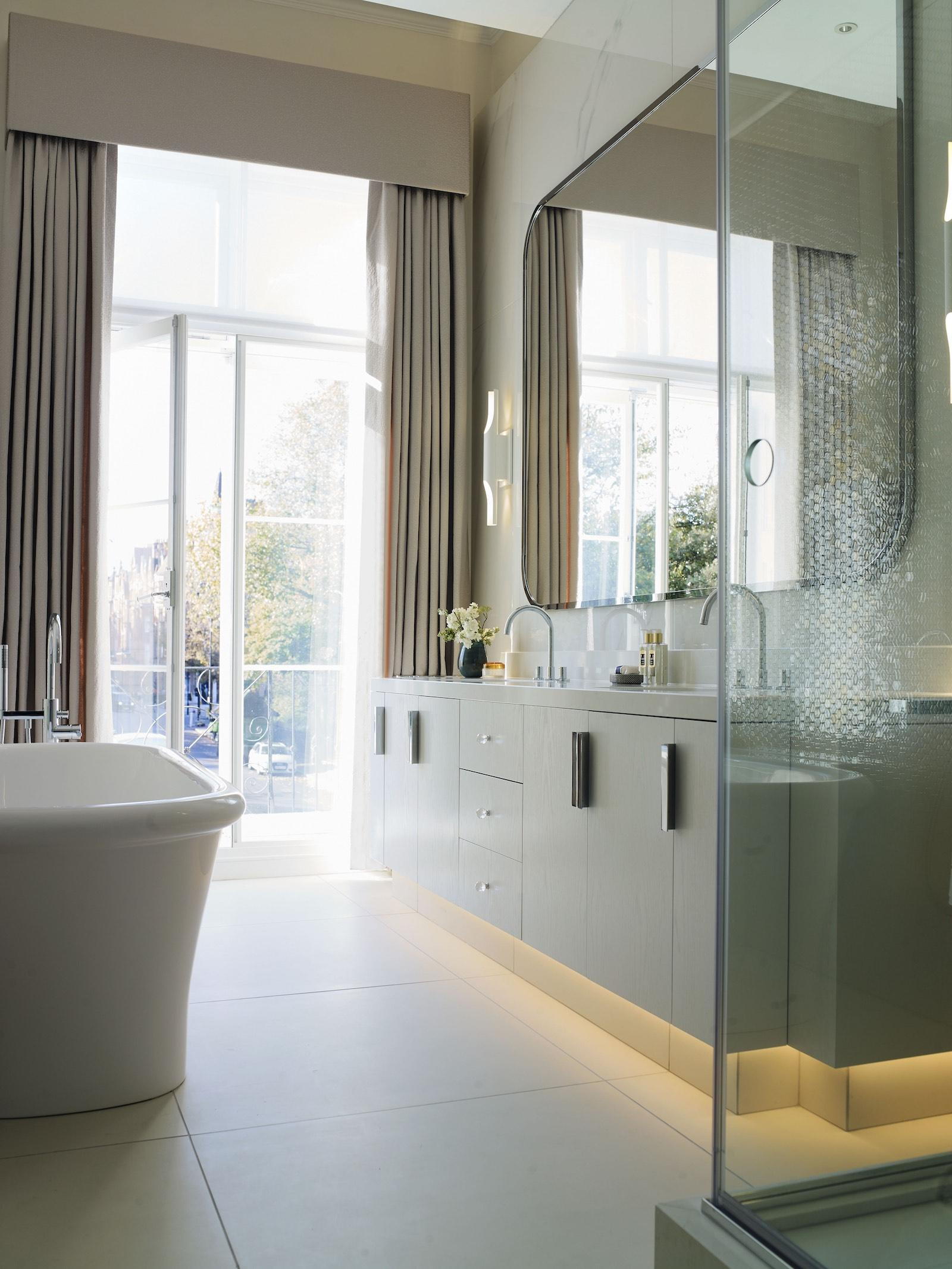 Cadogan Place Bathroom
